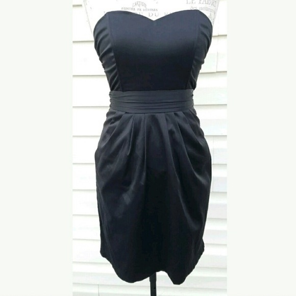 fbca4f4b3a56 H&M Dresses | Size 6 Dress | Poshmark